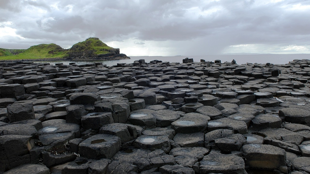 Places I Want To Visit - Giants Causeway in Ireland